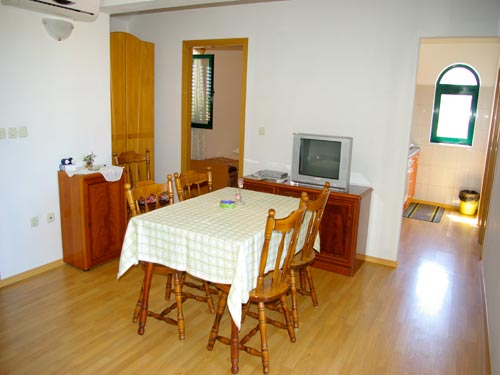 Apartment Adria A(4+1 ) in Murter
