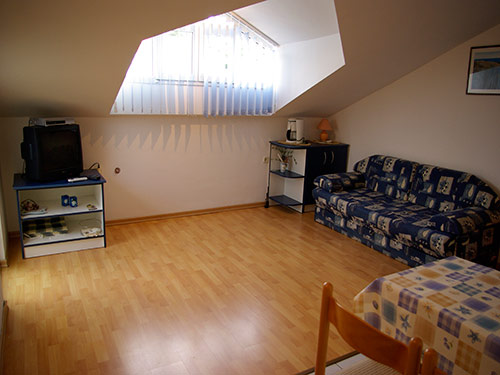 Apartment Nautic A2+1 in Murter