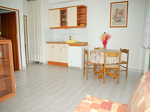Apartment Vedrana A2+1 in Murter