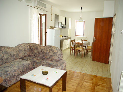 Apartment Vedrana A4+2 in Murter
