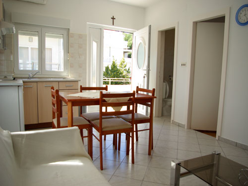 Apartment Betina A2+2 in Betina