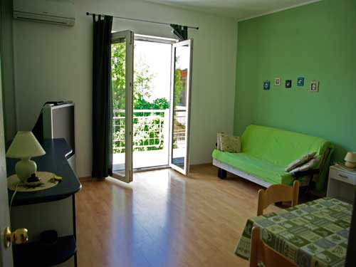 Apartment Murter-Nautic 2 A2+1 in Murter