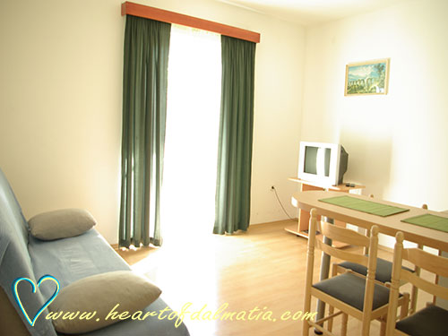 Apartment Skola A3 in Murter