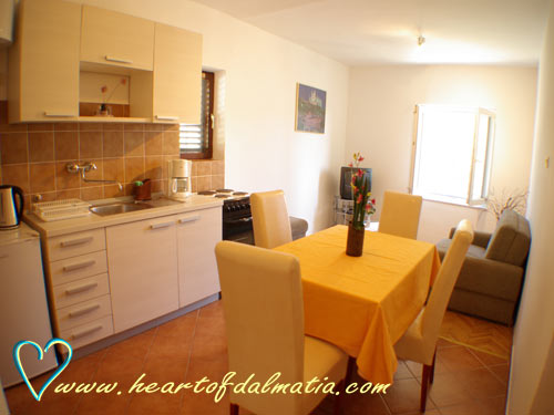 Apartment Murter-Tisno A4+2 in Tisno