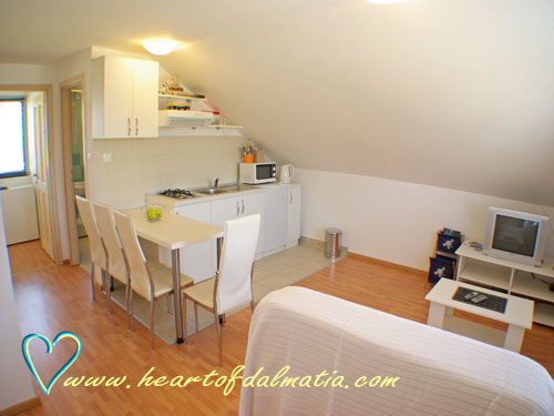 Apartment Martina A4 in Murter