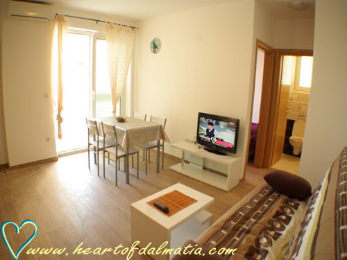 Apartment Frano Slanica 2+2 in Murter