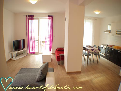 Apartment Slanica 4+2 in Murter