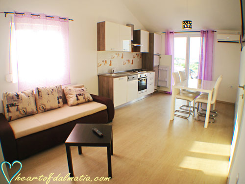 Apartment Perla 3 2+1 in Murter