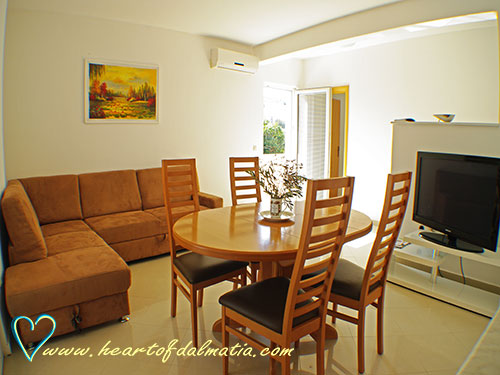 Apartment Adria A4+1 in Murter