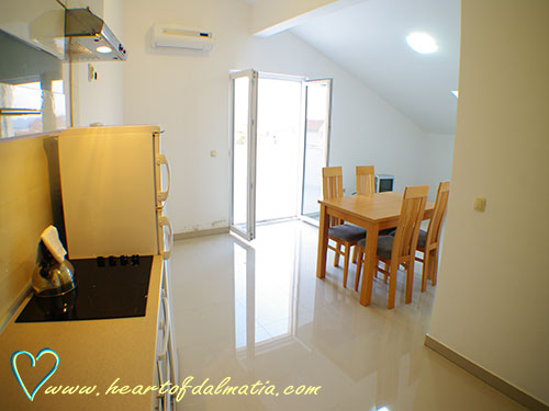 Apartament Sea 2+1 w Murter