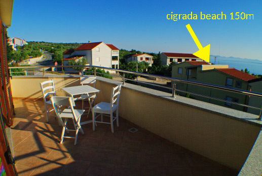 Apartment Cigrada seaview 4+2 in Murter