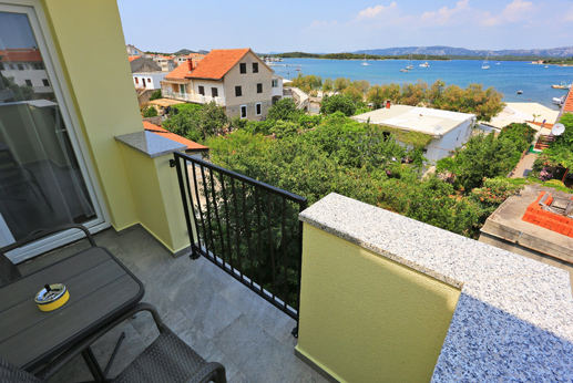 Apartment Stella Adriatica 2+2 in Murter
