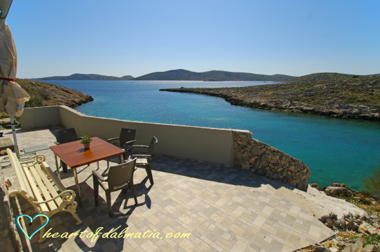 Fisherman\'s house Ropotnica-Kornat 4+1 in Kornati